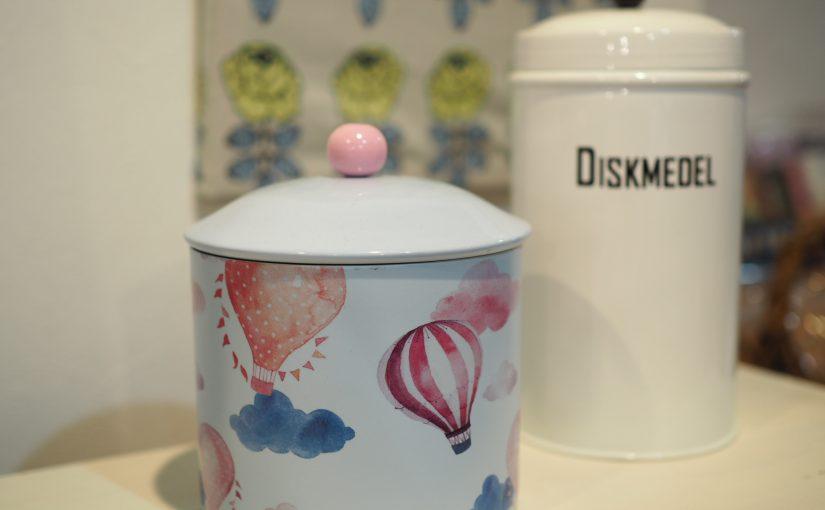 気球ブリキ缶